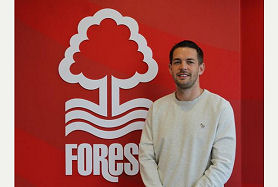 FRYATT SIGNS WITH FOREST
